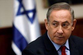 """Netanyahu acusa a Abbas de """"financiar a asesinos que derraman la sangre de israelíes inocentes"""""""