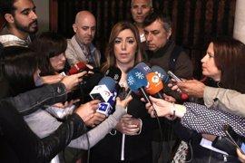 """Susana Díaz: """"Iglesias intenta abrirse paso en el PSOE a codazos, como en el 1 de mayo"""""""