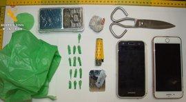 Detenido un hombre por regentar un punto de venta de droga en un domicilio de Llerena