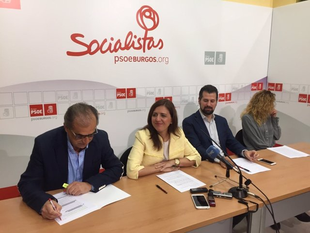 Burgos: Tudanca con miembros del PSOE de Burgos