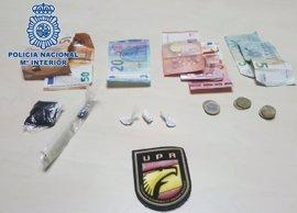 Detenido un joven por vender cocaína y hachís en el barrio de Arenales de Las Palmas de Gran Canaria