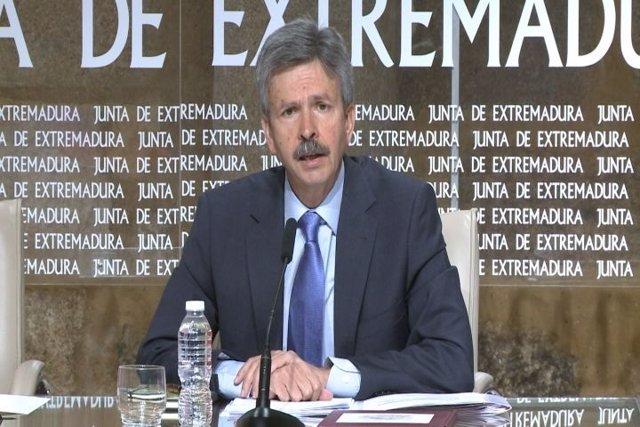 Consejero de Economía e Infraestructuras de Extremadura, José Luis Navarro