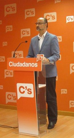 Valladolid. El portavoz de Ciudadanos, Luis Fuentes