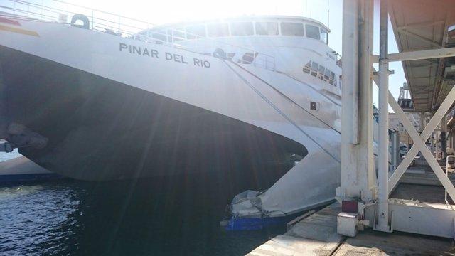 Pinar del río accidente baleària choque puerto málaga dique ferri málaga
