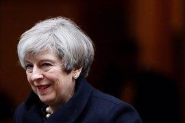 """May advierte a los británicos de que la UE intentará lograr un pacto que """"funcione para ellos"""""""