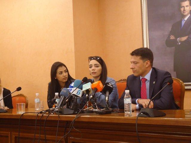 Shaza Ismail, Jimena Rico Y Alcalde De Torrox Jovenes Turquía Homosexual Discr