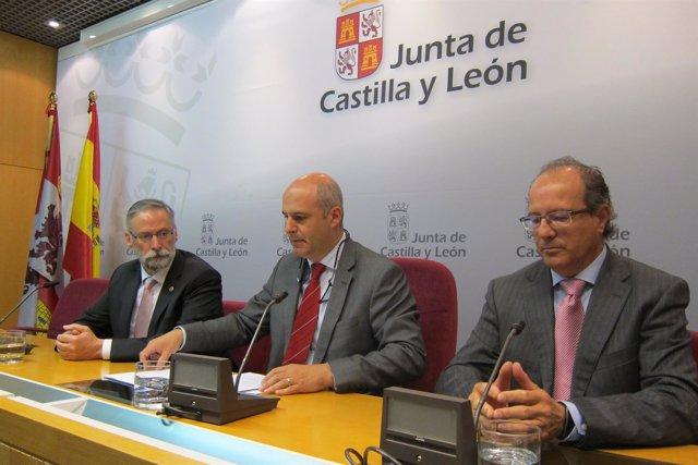 Valladolid. Llorente y Díez en la presentación de la receta electrónica