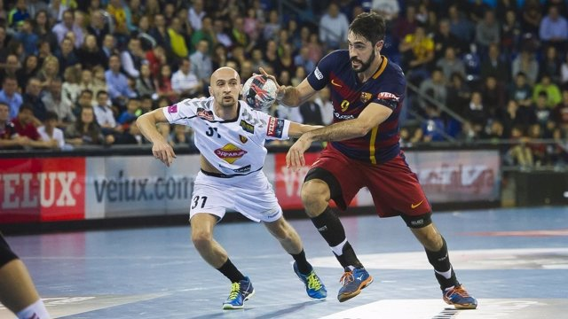 El FC Barcelona Lassa en un partido contra el Vardar