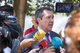 """Espadas condena """"radicalmente"""" la quema de vehículos VTC en Sevilla y confía en que los culpables sean """"castigados"""""""