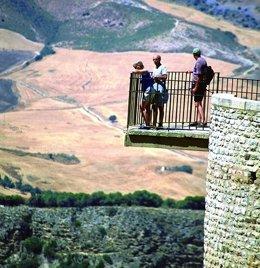 Turistas viajeros internacionales extranjeros turismo paisaje  mirador málaga