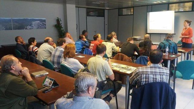 Profesionales de Medio Ambiente asisten a jornadas sobre gestión de medio marino