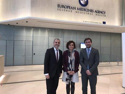 Montserrat visita la sede de la EMA en Londres para promover la candidatura de Barcelona