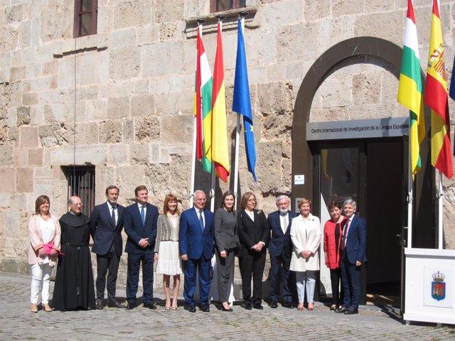 La reina Letizia en San Millán de la Cogolla  en  Seminario Lengua