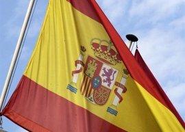 Fiscalía pide multa de 2.400 euros para tres acusados de quemar una bandera de España en Parres