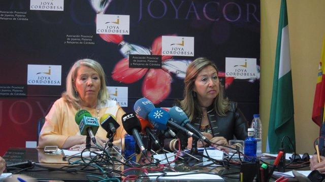 Milagrosa Gómez y Magdalena Entrenas