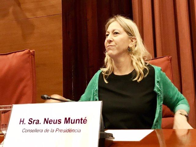 La consellera Neus Munté en el Parlament