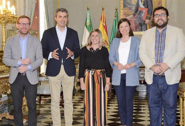 Diputación y Ayuntamiento de San Fernando se unen por el Año Camarón