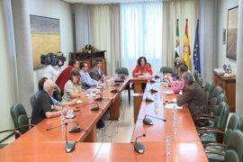 """UGT exige al Gobierno que """"se tome en serio"""" a Extremadura y CCOO ve """"claramente insuficiente"""" lo destinado al tren"""