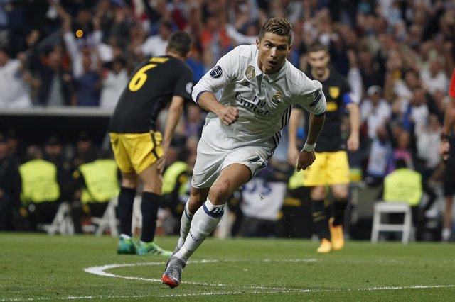 Real Madrid v Atletico Madrid - UEFA Champions League Semifinal