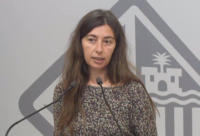 Neus Truyol explica los acuerdos adoptados en la junta de gobierno