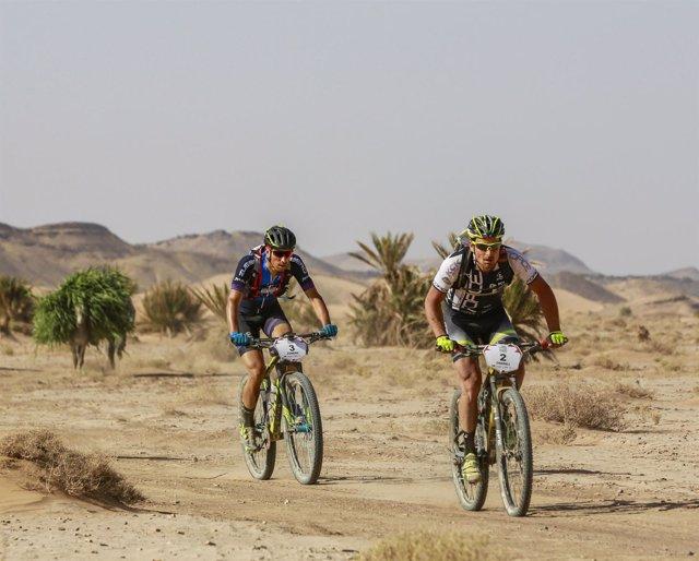 GAES Titan Desert by Garmin