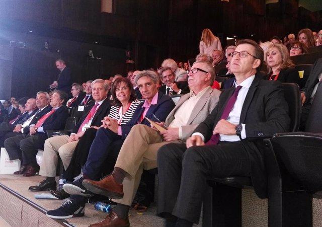 Núñez Feijóo, Toxo, en congreso estatal CCOO-Correos en Málaga