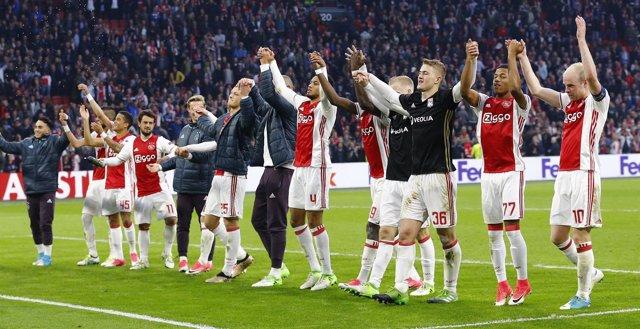 El Ajax celebra el triunfo en semifinales de la Europa League