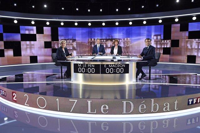Marine Le Pen y Emmanuel Macron durante el último debate de las elecciones