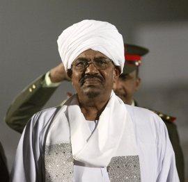 Al Bashir anuncia una prórroga de un año al plazo dado para la redacción de la nueva Constitución de Sudán