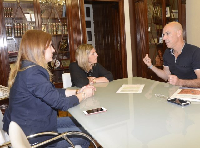 Reunión de la Diputación de Cádiz y Fegadi