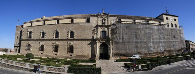 Panorámica, Hospital de Tavera, Obras, Fachada, Edificio, Cielo, Despejado