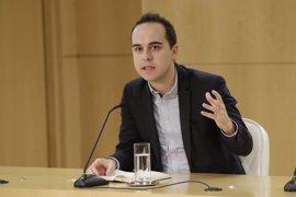 El Ayuntamiento plantea a la Comunidad que les delegue las competencias en vivienda turística