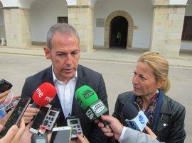 El PP pide a Diputación de Cáceres que implante el Grado Profesional de Danza y Elena Nevado ofrece el edificio Valhondo