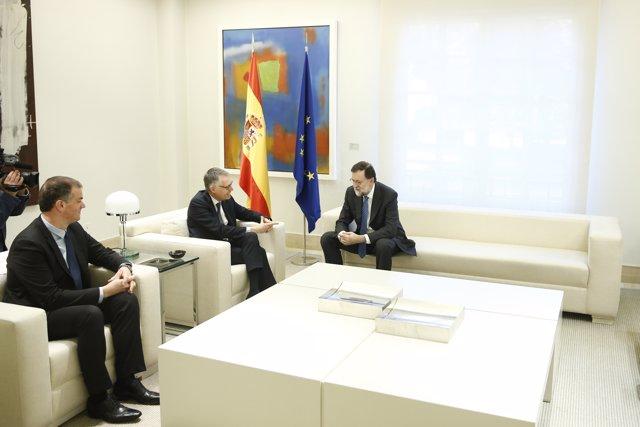 Encuentro de Mariano Rajoy con Carlos Tavares y Maxime Picat