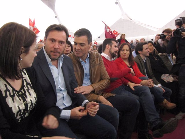 Pedro Sánchez con Óscar Puente