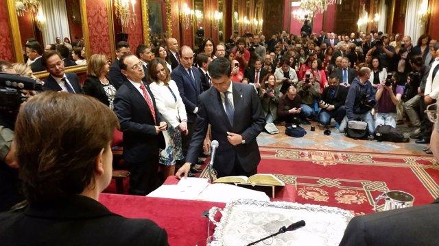 Francisco Cuenca tomó posesión como alcalde de Granada hace ahora un año