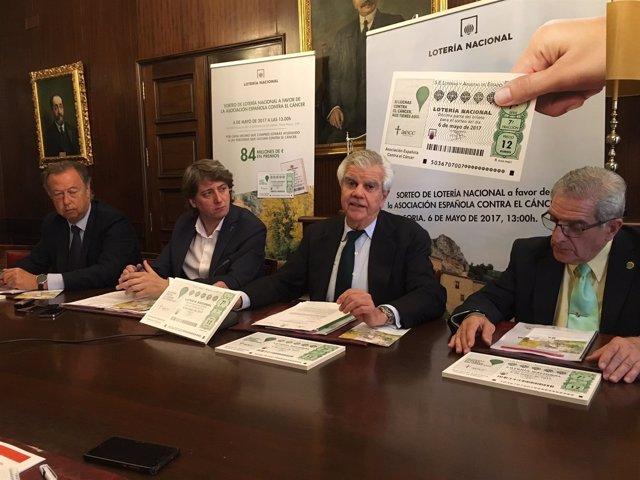 Presentacion del sorteo de Lotería Nacional a favor de la AECC