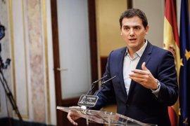 Albert Rivera pide al PSOE que no bloquee la aprobación de los Presupuestos