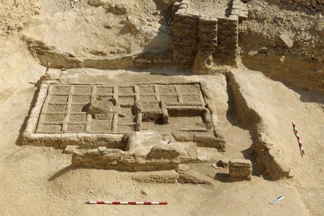 Jardín funerario descubierto en Luxor