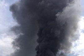 """La nave industrial de Arganda sufrió otro incendio hace cuatro años y tiene """"todos los permisos"""" en regla"""