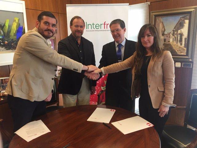 Acuerdo entre los paradores de Ayamonte y Mazagón e Interfresa.