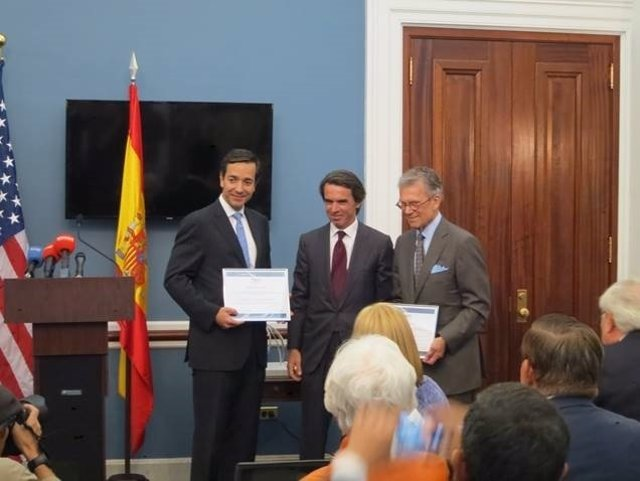 Aznar entrega en Washington el Premio FAES de la Libertad