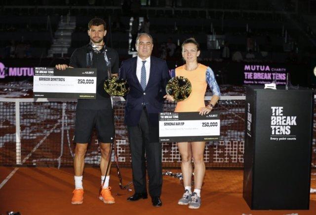 Dimitrov y Simona Halep, campeones del Mutua Charity Tie Break Tens