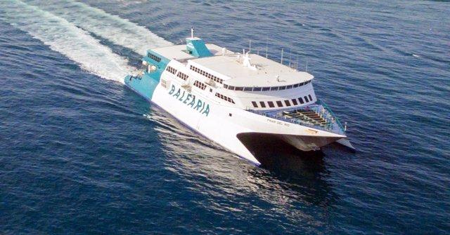Buque 'fast ferry' Pinar del Río