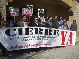 """IU rechaza la construcción de un nuevo CIE en Algeciras y reclama """"otras inversiones"""""""