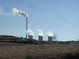 La alcaldesa de Andorra pide que los gobiernos actúen ante el posible cierre de la central térmica