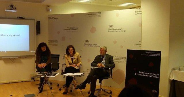 Presentación del Libro Blanco y Negro del terrorismo 2000-2016