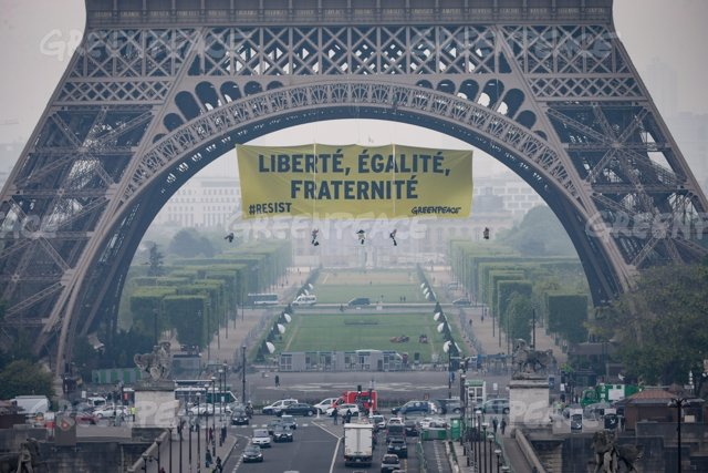 Greenpeace apela a los valores de Francia contra Marie Le Pen