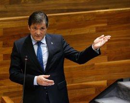 Javier Fernández dice que el PP no quiere el Salario Social y por eso tiene prisa en recortarlo