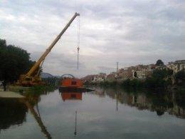 Inyectan 80 toneladas de sedimentos en el río Ebro